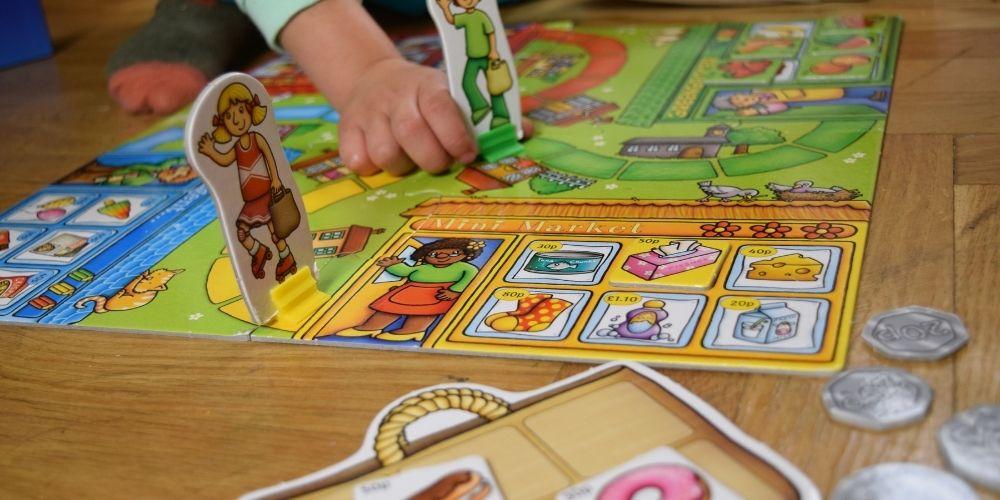joc cu cartonase
