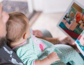 tatic citind copilului o carte